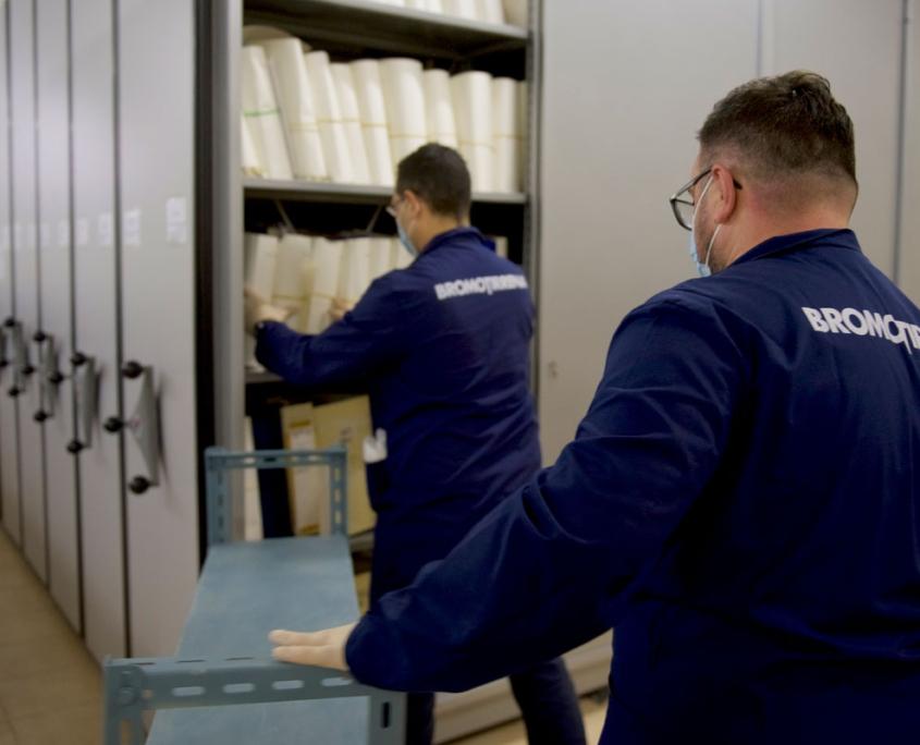 spolveratura archivi e biblioteche
